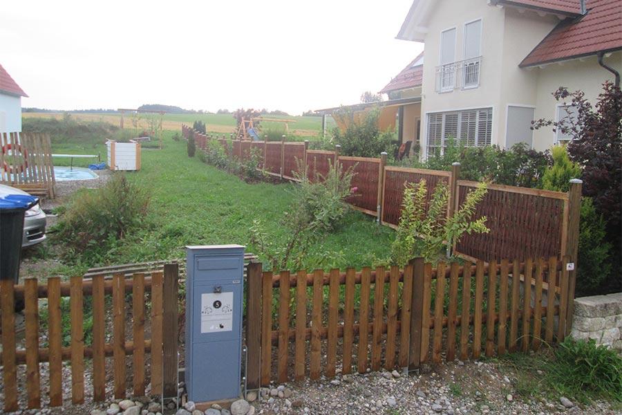 Zaun aus Holz von Kutter in Memmingen
