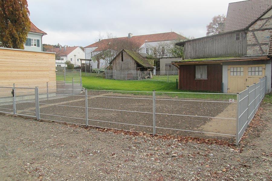 Zaun zur Grundstücksabtrennung