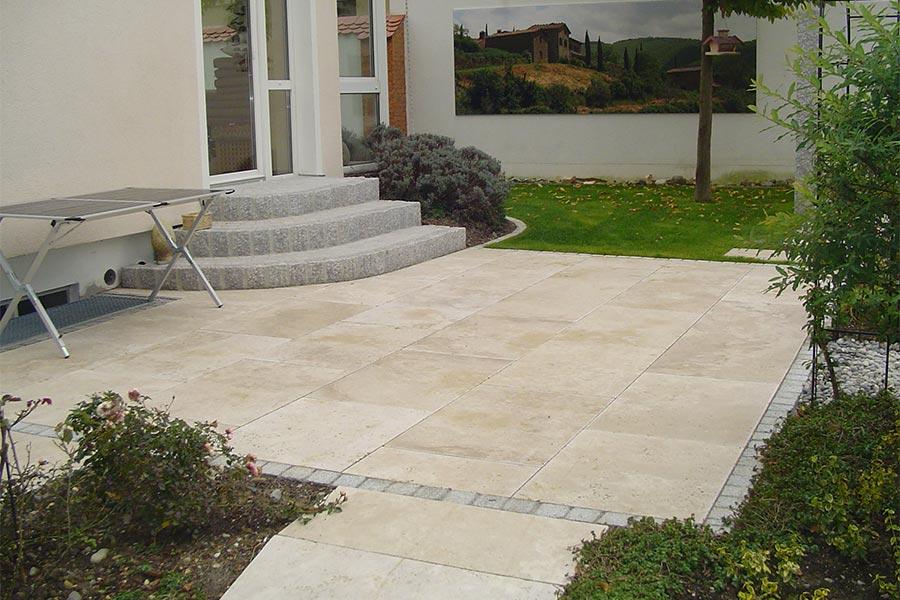 Terrasse - gepflastert von Kutter Gartengestaltung